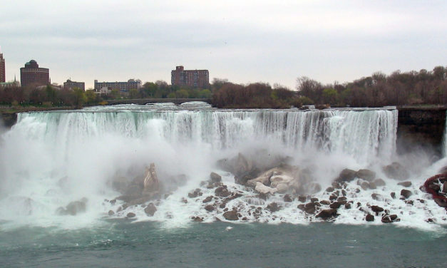 Enjoy Beautiful Niagara Falls Tours from Toronto!